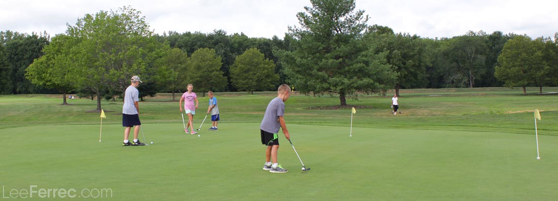 an analysis of the proper golf etiquette Golf course clothing etiquette team sports have uniforms individual sports, such as swimming or gymnastics, have clothing that enhances performance but golf fashion is limited only by the imagination--and a few rules of commo.